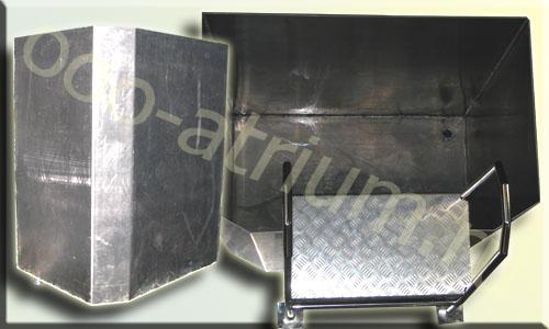Алюминиевая ёмкость нестандартной формы - Купель в сауну. Изготовлена из алюминия 4.0 мм., укомплектована нержавеющей лесницей с алюминиевыми ступеньками.